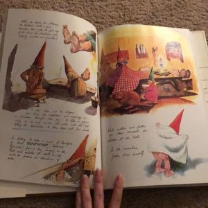 Other - Gnomes hardcover book